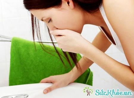 Chóng mặt, buồn nôn là biểu hiện của hạ đường huyết