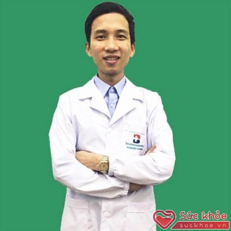 Bác sĩ Nguyễn Đông Hưng.