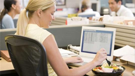 Ngồi nhiều nhưng dân văn phòng vẫn có thể giảm cân dễ dàng