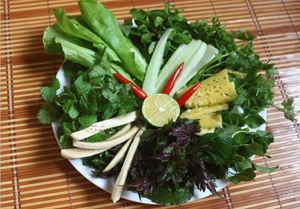 Mách nhỏ công dụng chữa bệnh tuyệt vời của 13 loại rau thơm thường ăn