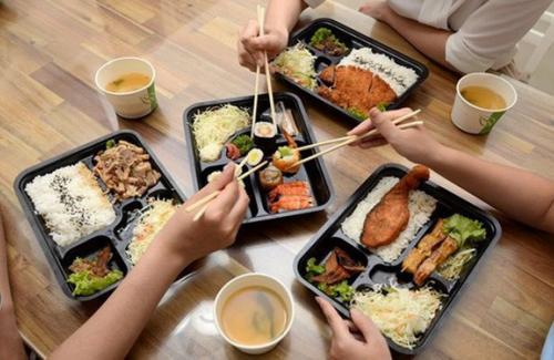 Ăn trưa đúng cách để cung cấp nhiều năng lượng nhất cho cơ thể?